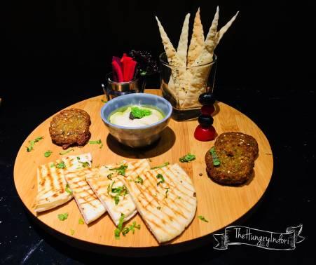 Falafel Pita Hummus